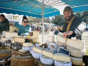 צוות וואו פרובנס בפעולה בשוק בלורמרין